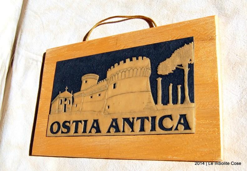 Quadro Skyline Ostia Antica Oro su Nero - Le InSolite Cose - 2014 (4)