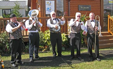 The entertainment at the Lawns show