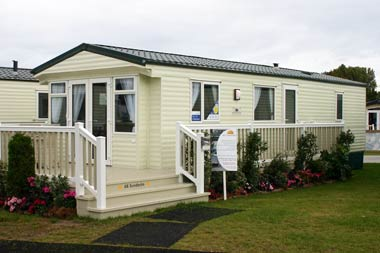 Willerby Isis exterior