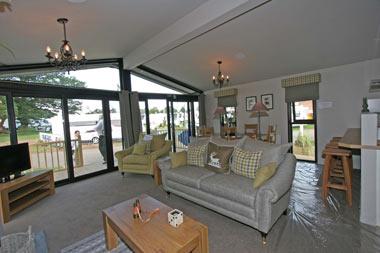 Lounge Pathfinder Lodge