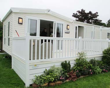 Willerby Chamberry Ext Left profile