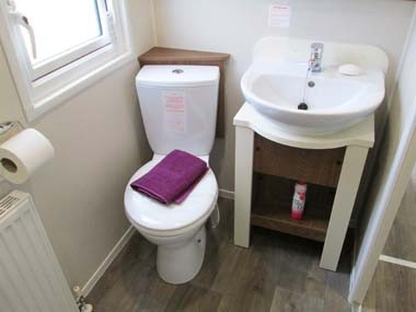 Willerby Chamberry Family Shower Room