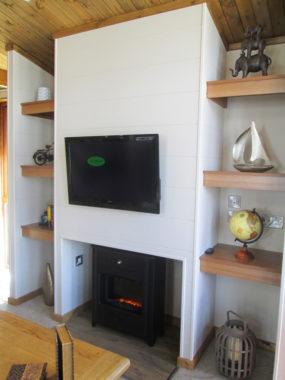 Tingdene Warreners fireplace