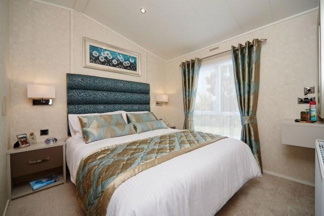 Carnaby Envoy master bedroom