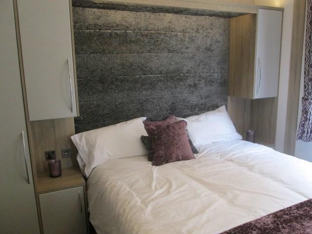 Atlas Laburnum Master Bed