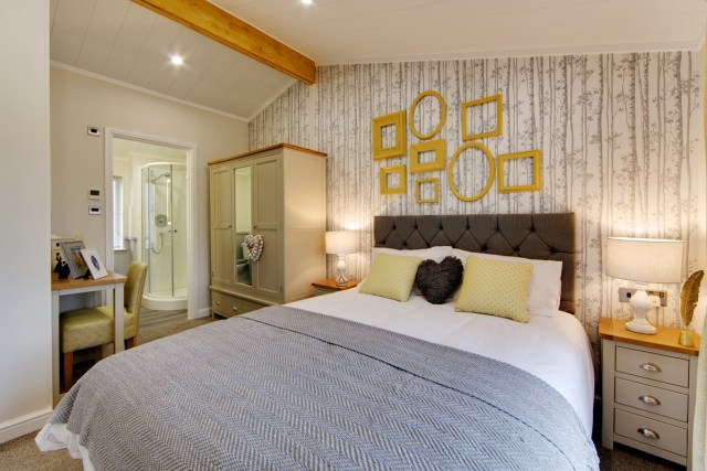 Willerby Mulberry Master Bedroom