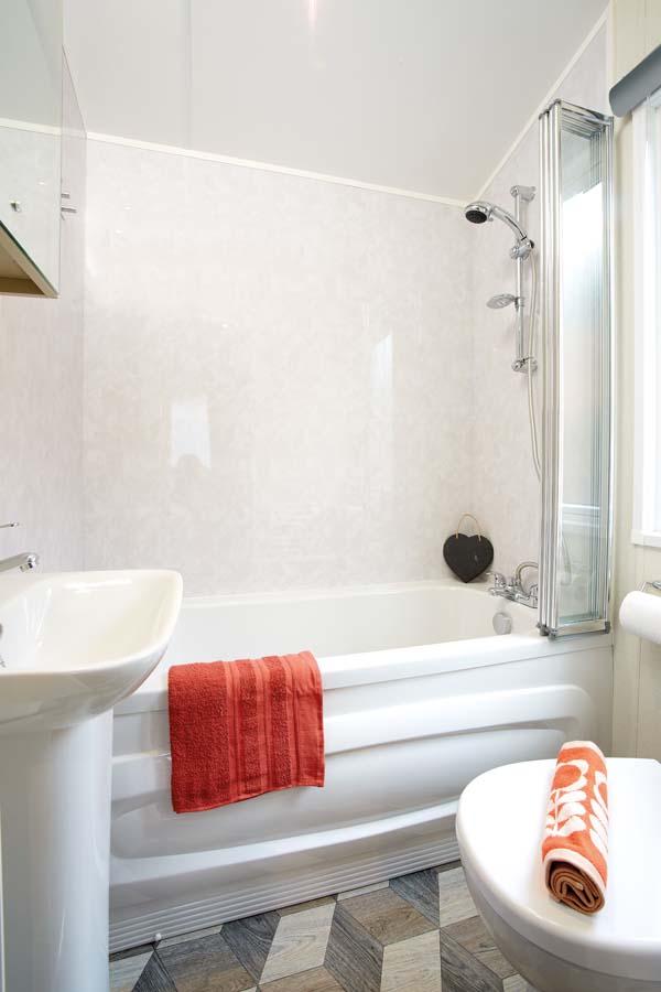 Atlas Rufford En Suite Bathroom