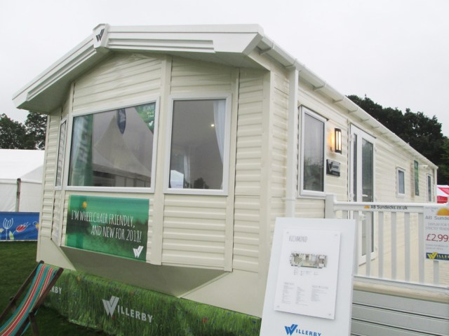 Willerby Richmond Ext Front Right Elev