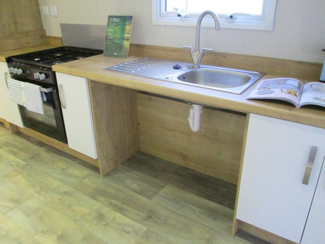 Willerby Richmond Lowered Sink Access