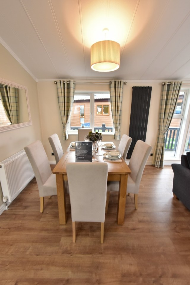 Willerby Juniper Dining Room