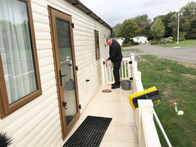 static caravan decking clean
