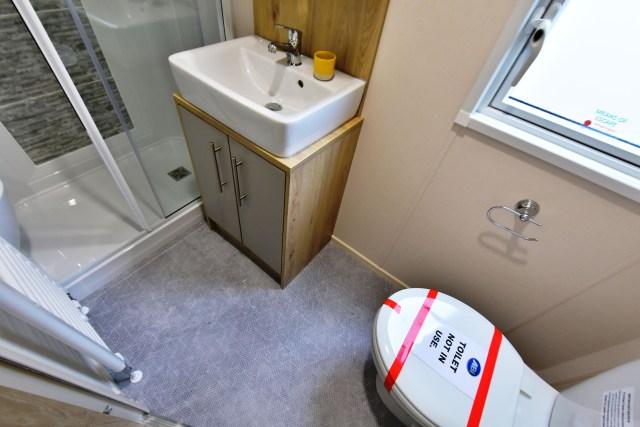 2019 ABI Beverley static caravan bathroom