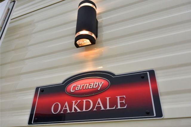Carnaby Oakdale Badge
