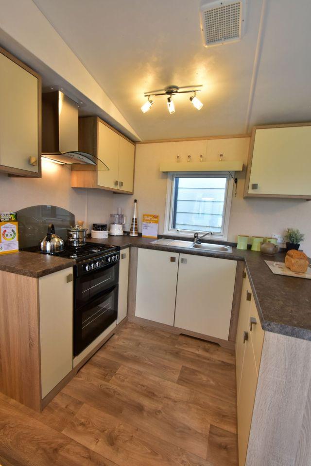 Carnaby Oakdale Kitchen