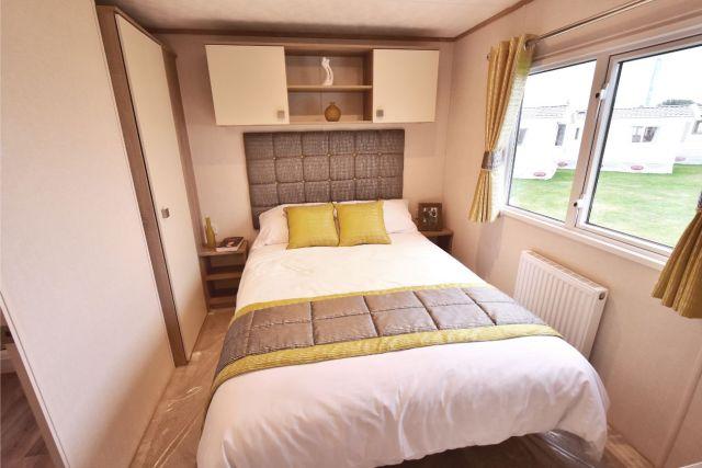 Carnaby Oakdale Master Bedroom