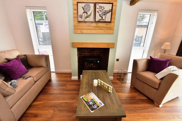 2019 Pathfinder Retreat lodge lounge