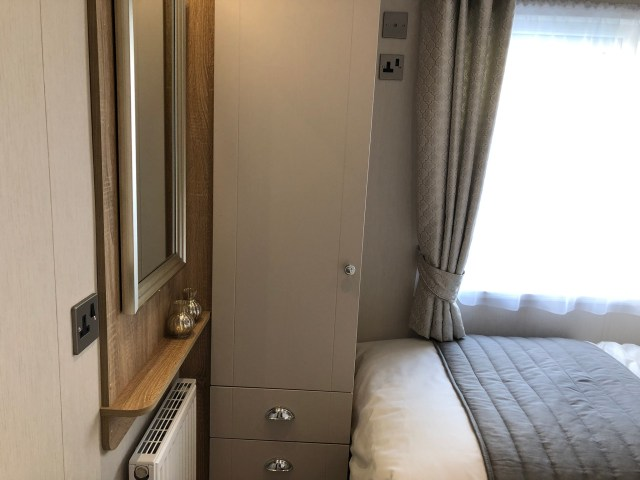 2020 Willerby Vogue Classique static caravan twin bedroom
