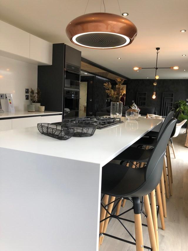 2020 Tingdene Quantum lodge breakfast bar