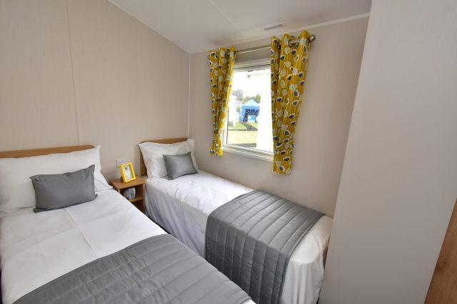 2020 Willerby Kelston static caravan twin bedroom