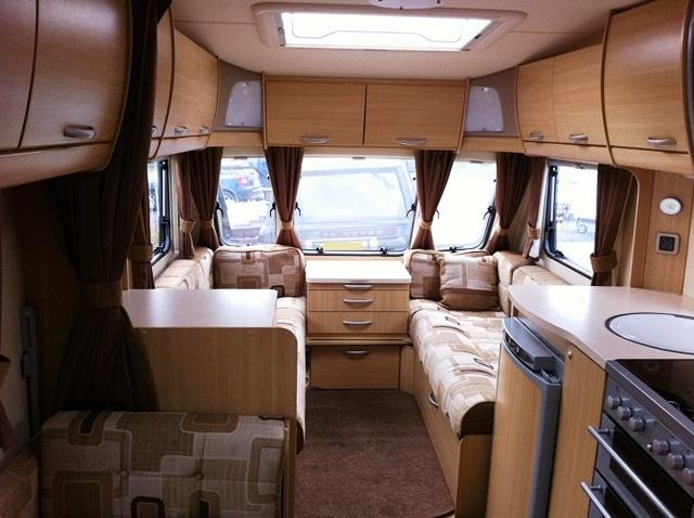 Abbey Vogue 540 2009 6 Berth Touring Caravan For Sale From