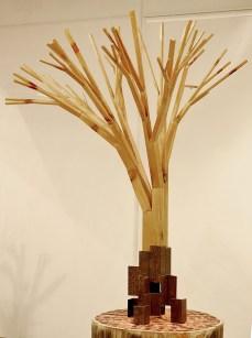 Cabiró de fusta i perfil metàl·lic de rebuig 78 x 78 x 101 cm