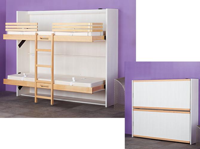 des lits ranges dans une armoire le