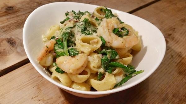 pasta met spinazie en garnalen