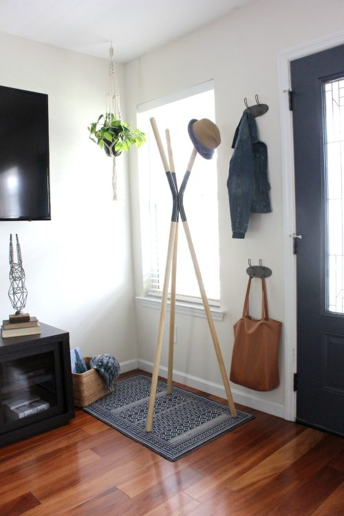 clean up entryway before holiday season
