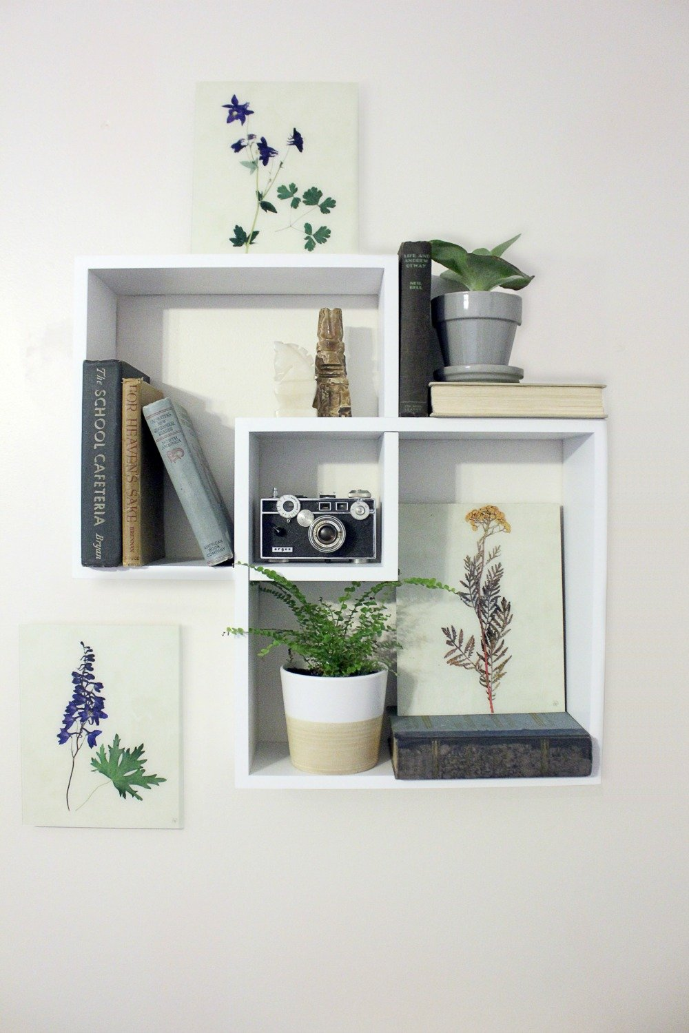 mini gallery wall shelf