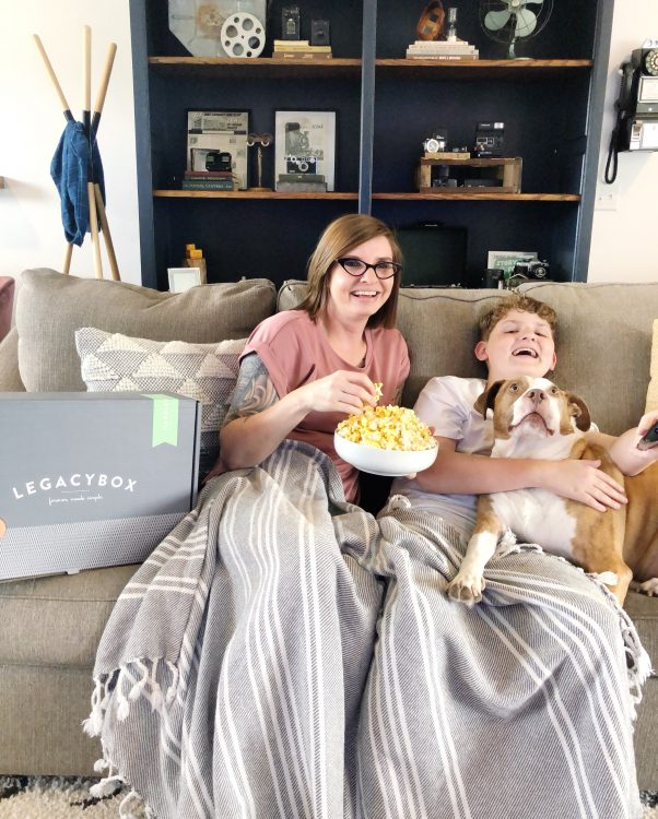 lacagybox review by Lela Burris