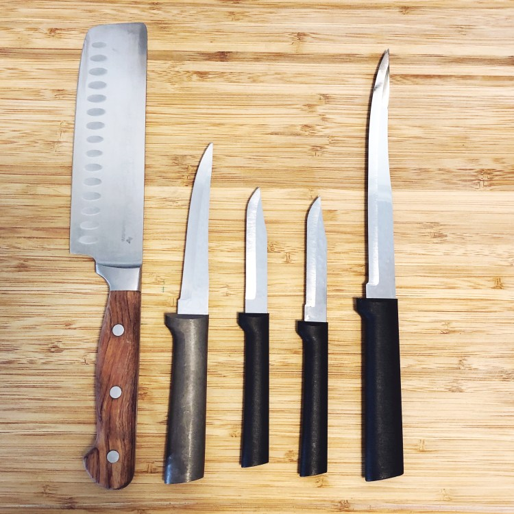 top 5 knives you need in the kitchen