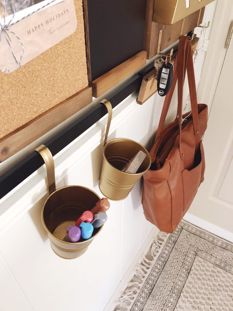 1thrive purse hooks and cups