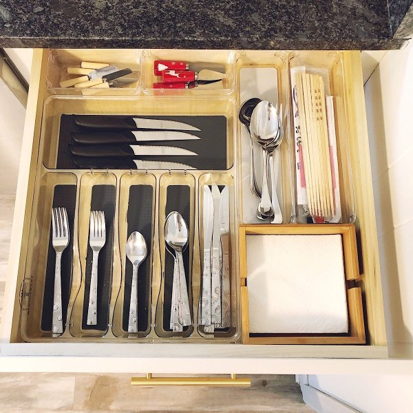 organize kitchen utensils in drawer