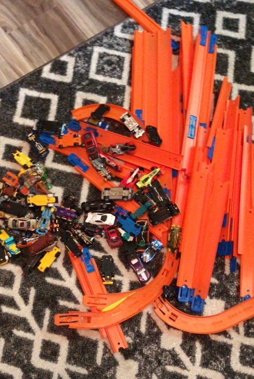 how to store hot wheels tracks and cars