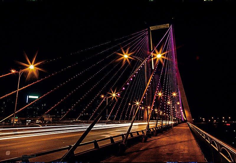 Bridge dynamic night scene design for LED pixel point lights