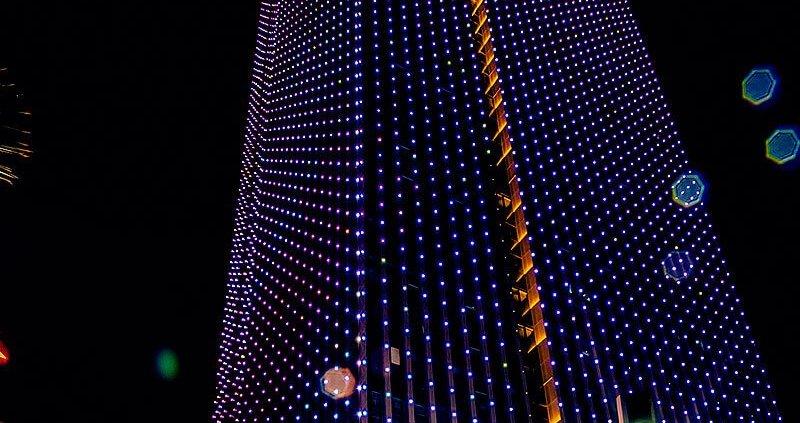 Building dynamic night scene design for LED pixel point lights