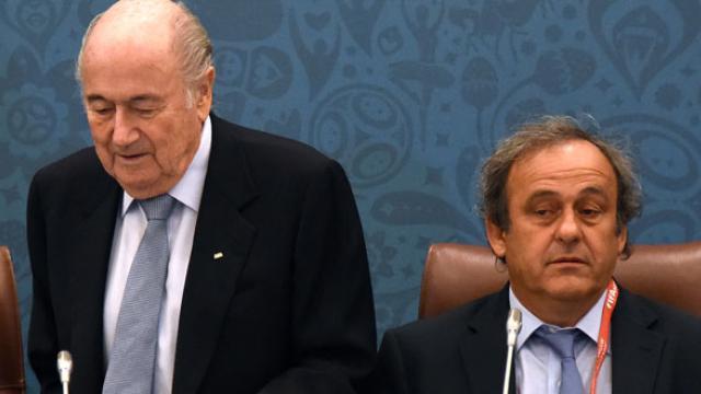 Scandale à la Fifa : Blatter évoque « un mafiosi agreement » avec Platini