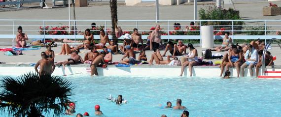 Débat sur le burkini : une femme sortie de l'eau d'une piscine de Vence, près de Nice, à cause d'un paréo