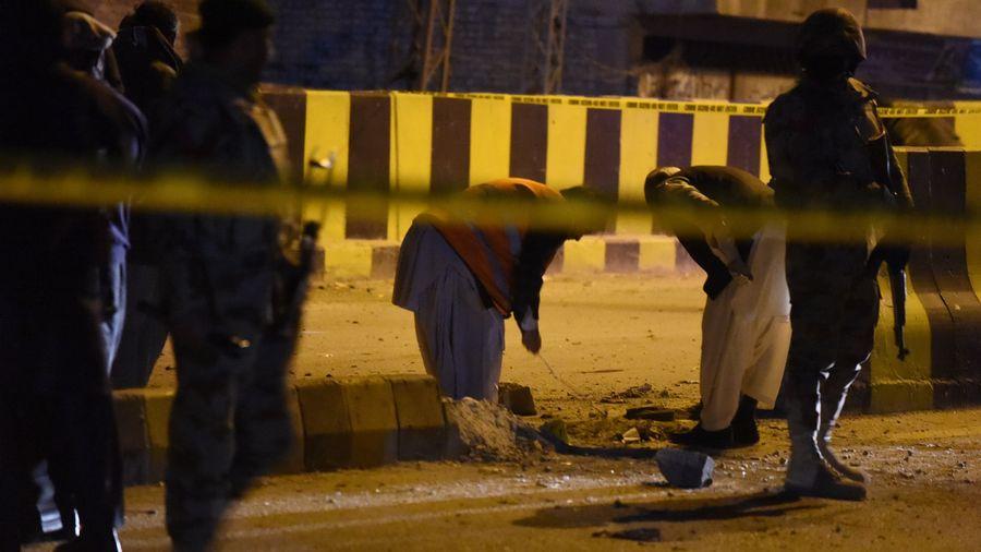 Au moins 70 morts dans l'attaque d'un sanctuaire soufi au Pakistan