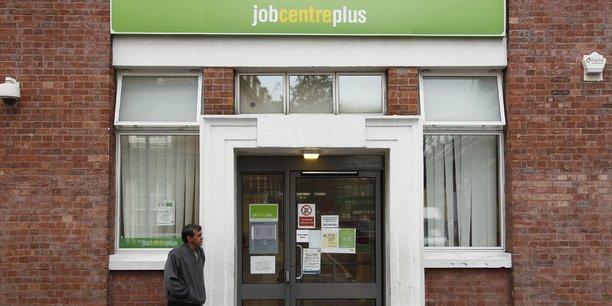 Brexit : au plus bas depuis 1975, le chômage continue pourtant de baisser !