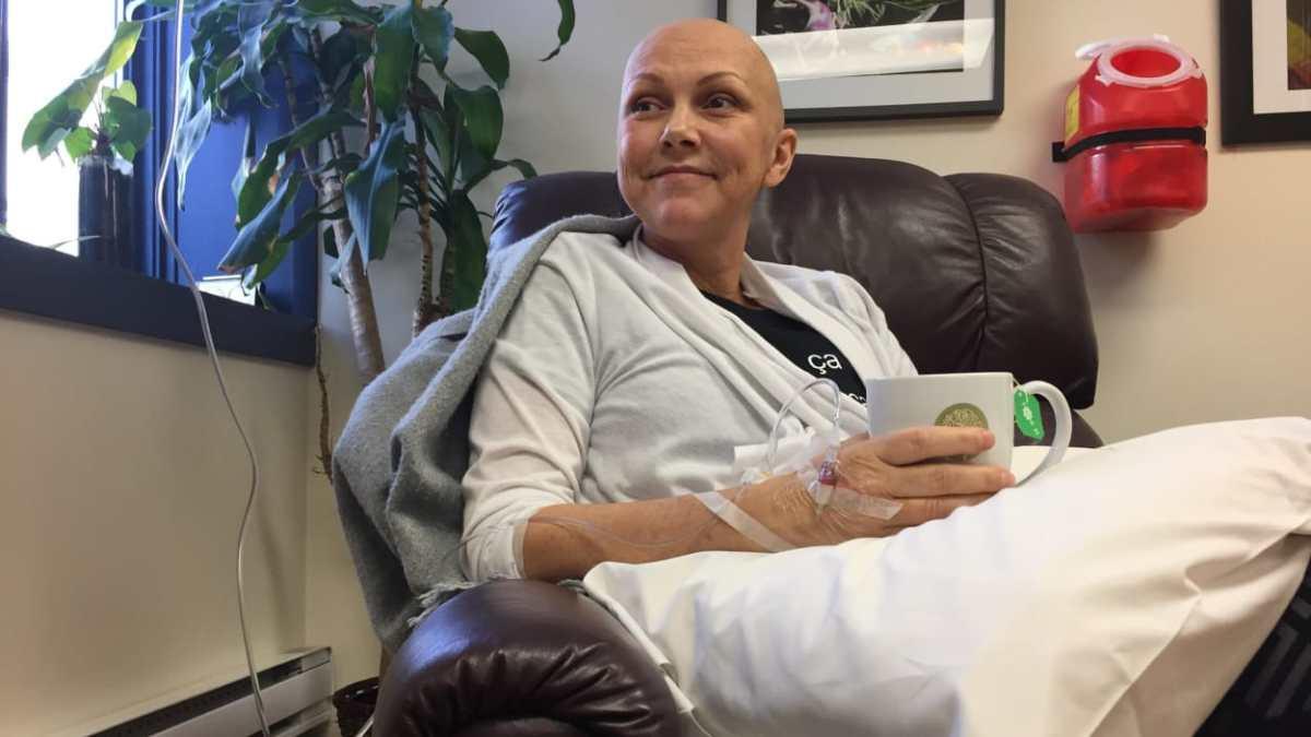 Cancer : des injections de vitamine C réclamées au Québec