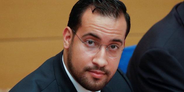 « Benalla a utilisé un faux pour obtenir un passeport de service », accuse l'Élysée