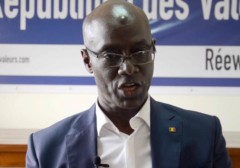 Le ministre sénégalais de l'énergie explique comment le gouvernement français corrompt son pays
