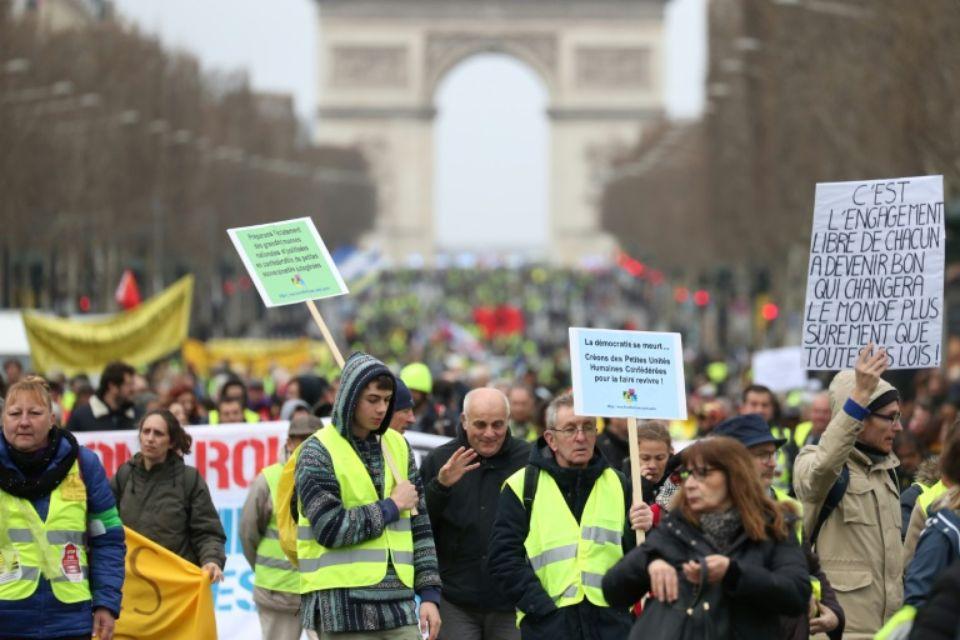 Ironie : « Et si les gilets jaunes avaient sauvé l'économie française ? »