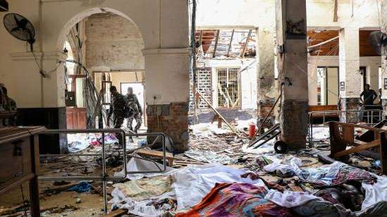 Une vague d'attentats fait près de 300 morts et plus de 500 blessés au Sri Lanka