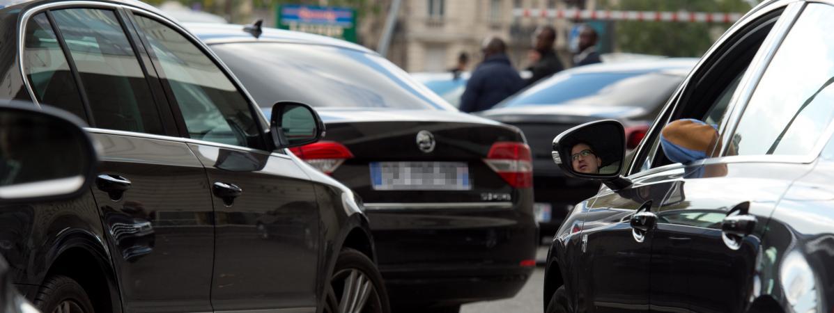 Islamomanie : une candidate de Debout la France se moque d'un chauffeur de VTC sourd et muet et l'accuse de « radicalisme islamique »