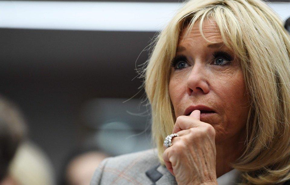 Marseille : un sac-poubelle lancé vers Brigitte Macron !