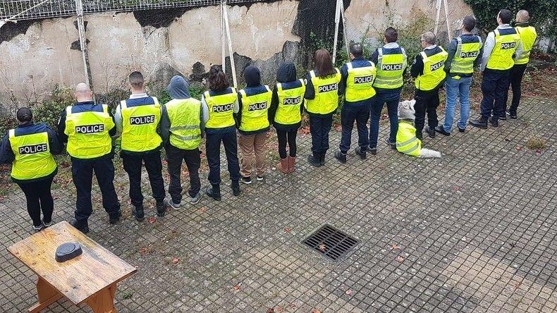 Des policiers témoignent : « On est obligé d'accepter des instructions illégales » !