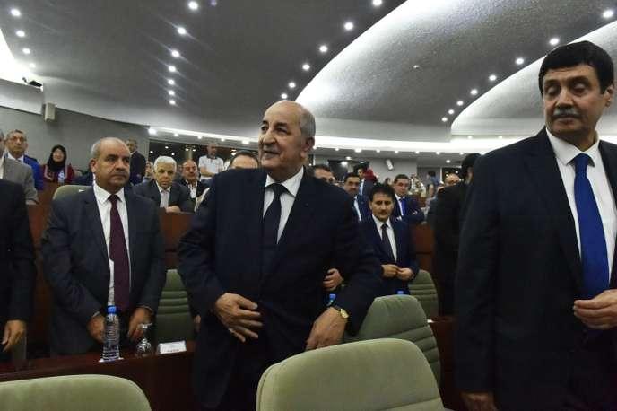 Deux ex-premiers ministres de Bouteflika candidats à la présidentielle