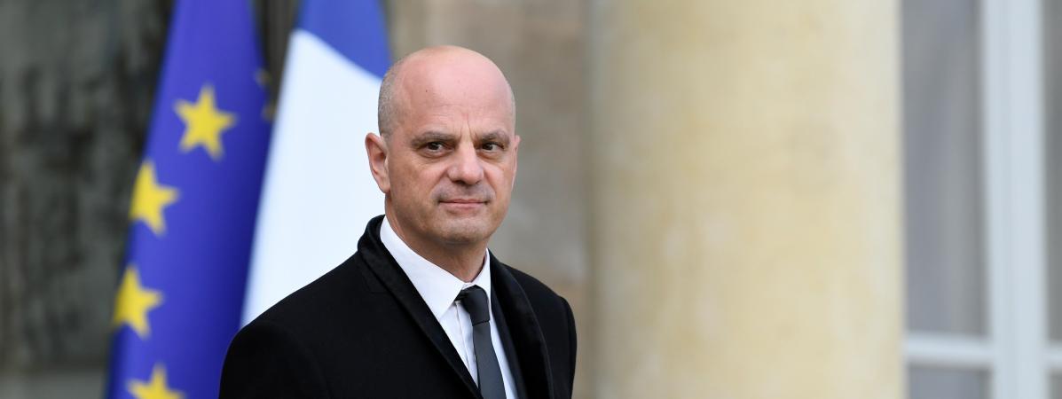 « Le voile n'est pas souhaitable dans notre société » dixit Jean-Michel Blanquer